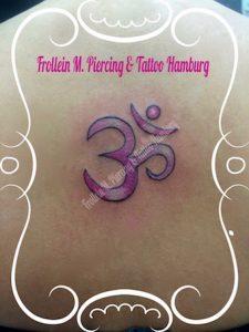 Om Zeichen Tattoo
