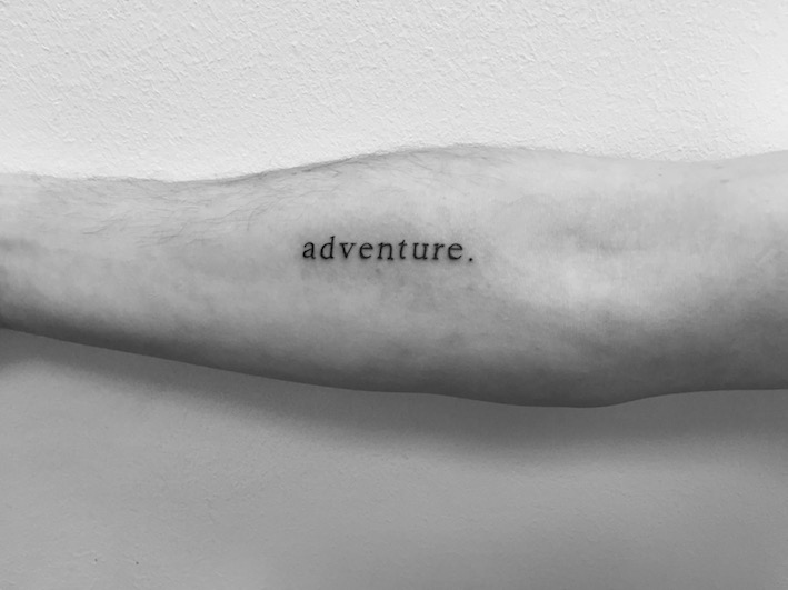 "Lettering Tattoo ""Adventure"""
