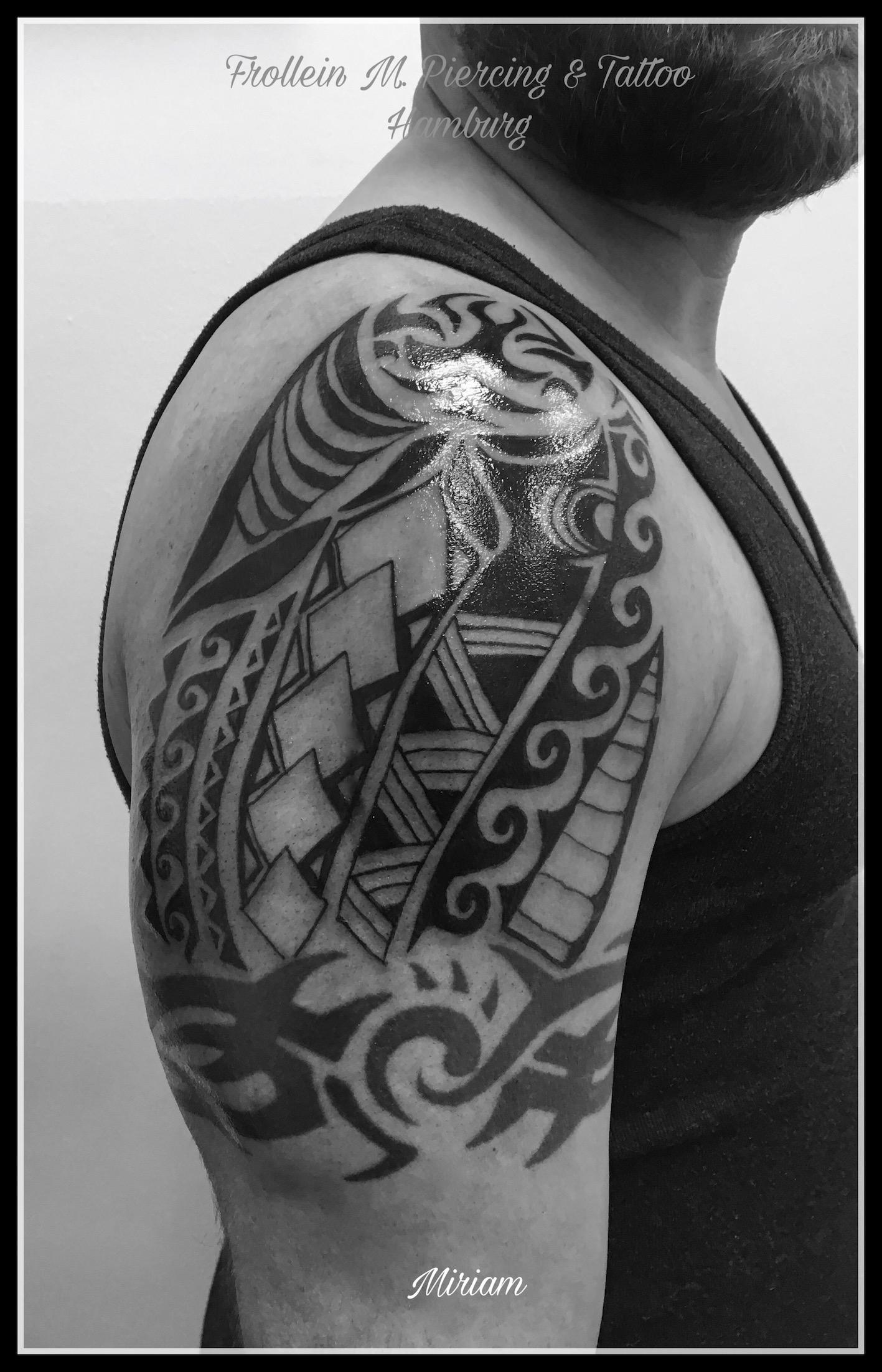Oberarm Tattoo Maori